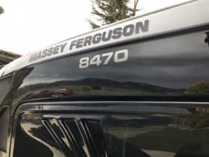 Massey Ferguson 8470 Dyna-VT - Umlackierung